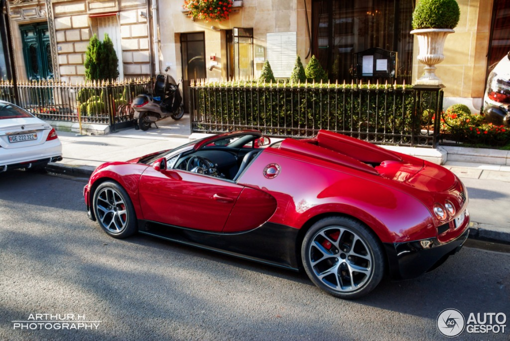 bugatti veyron 16 4 grand sport vitesse 25 december 2012 autogespot. Black Bedroom Furniture Sets. Home Design Ideas