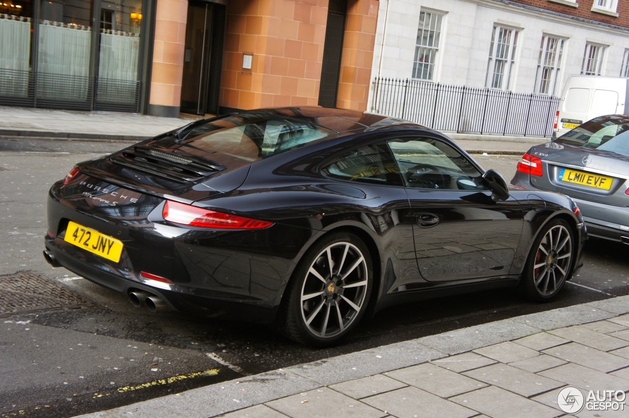 Porsche 991 Carrera S  28 December 2012  Autogespot