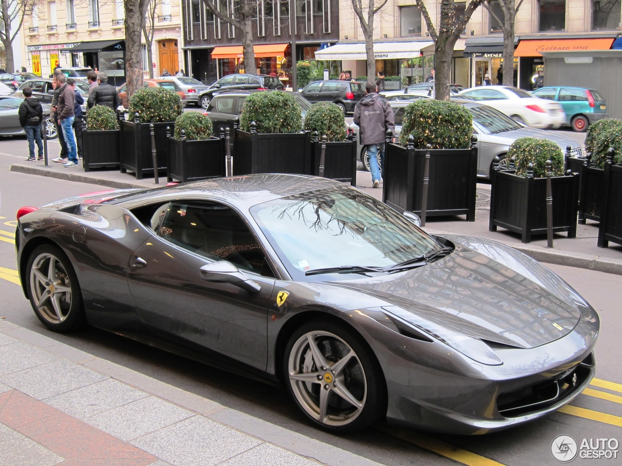 ferrari 458 italia 29 dcembre 2012 autogespot. Black Bedroom Furniture Sets. Home Design Ideas