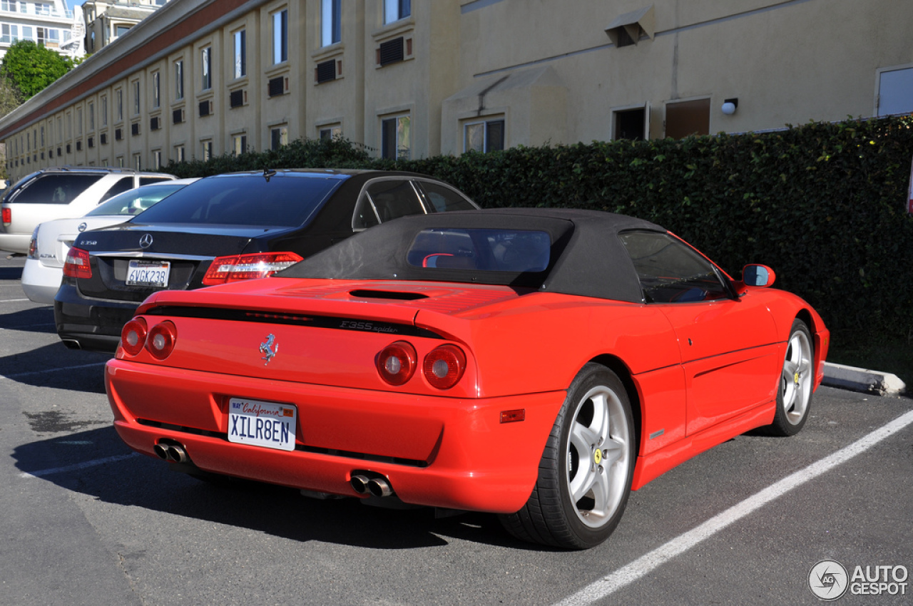 ferrari f355 spider 29 december 2012 autogespot. Black Bedroom Furniture Sets. Home Design Ideas