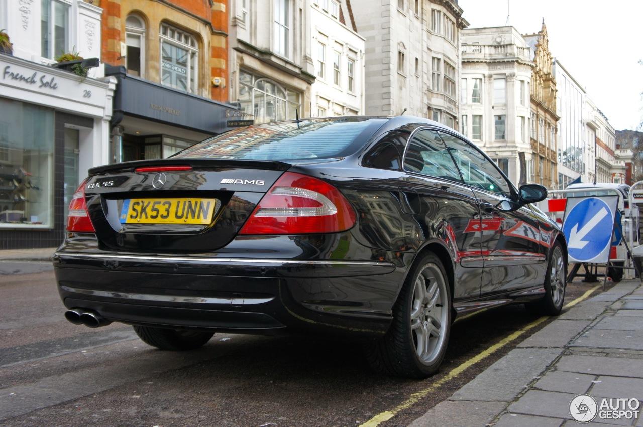 Mercedes benz clk 55 amg 29 diciembre 2012 autogespot for Mercedes benz clk 2012