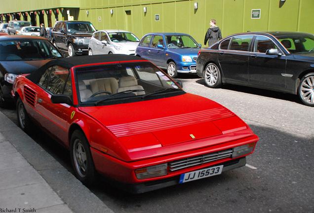 Ferrari Mondial 3.2 Cabriolet