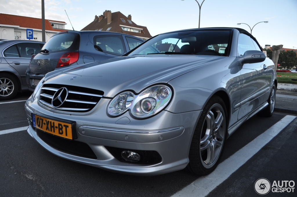 Mercedes benz clk 55 amg cabriolet 2 july 2012 autogespot for Mercedes benz clk 2012