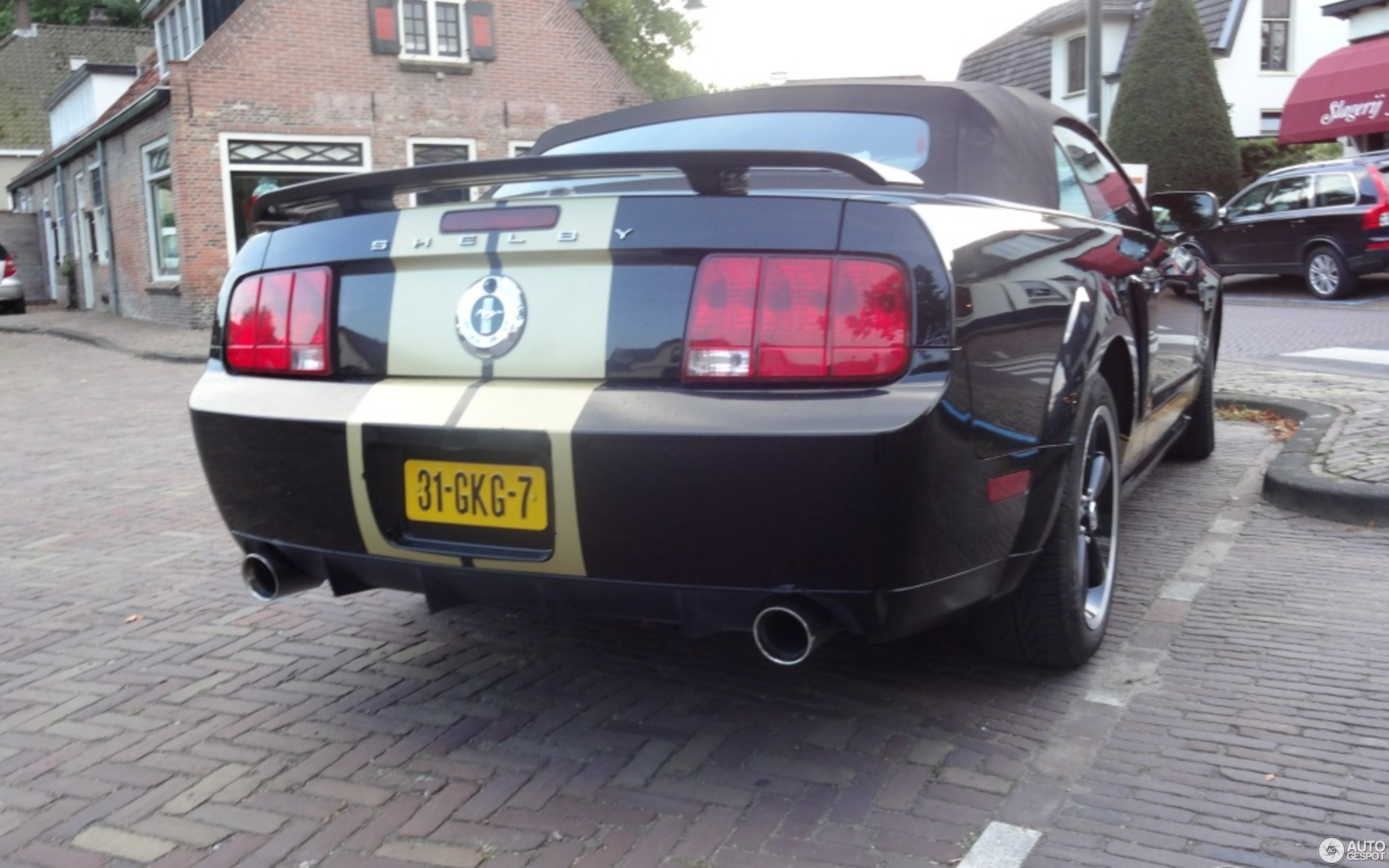 Ford mustang shelby gt h convertible