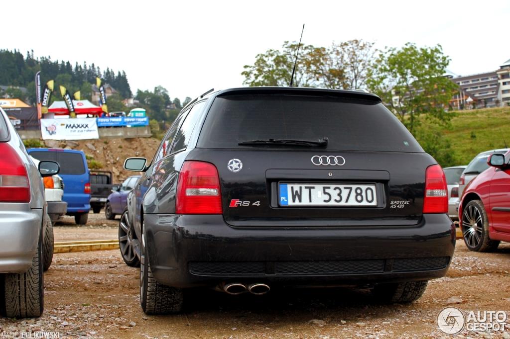Audi rs4 avant 2018 10