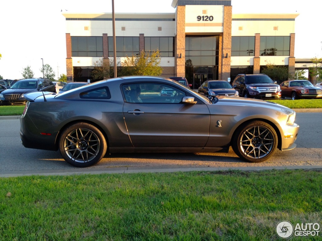 Ford Mustang Shelby Gt500 2010 5 November 2012 Autogespot