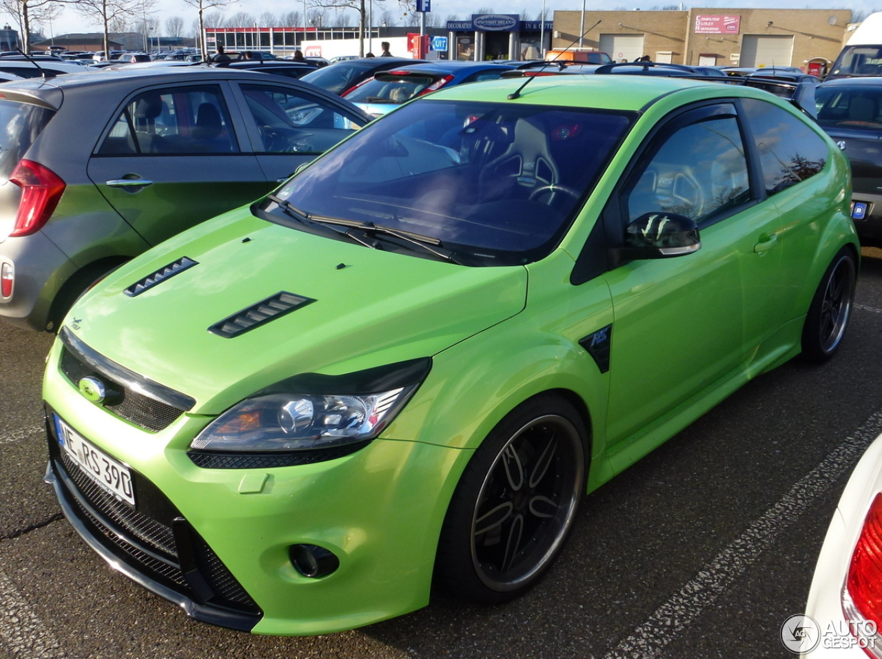 ford focus rs 2009 wolf racing 28 noviembre 2012 autogespot. Black Bedroom Furniture Sets. Home Design Ideas