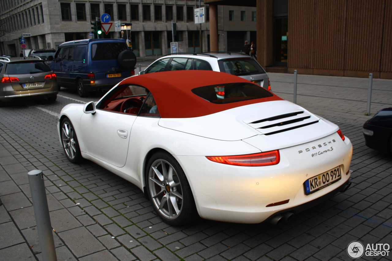 porsche 991 carrera s cabriolet 28 november 2012 autogespot. Black Bedroom Furniture Sets. Home Design Ideas