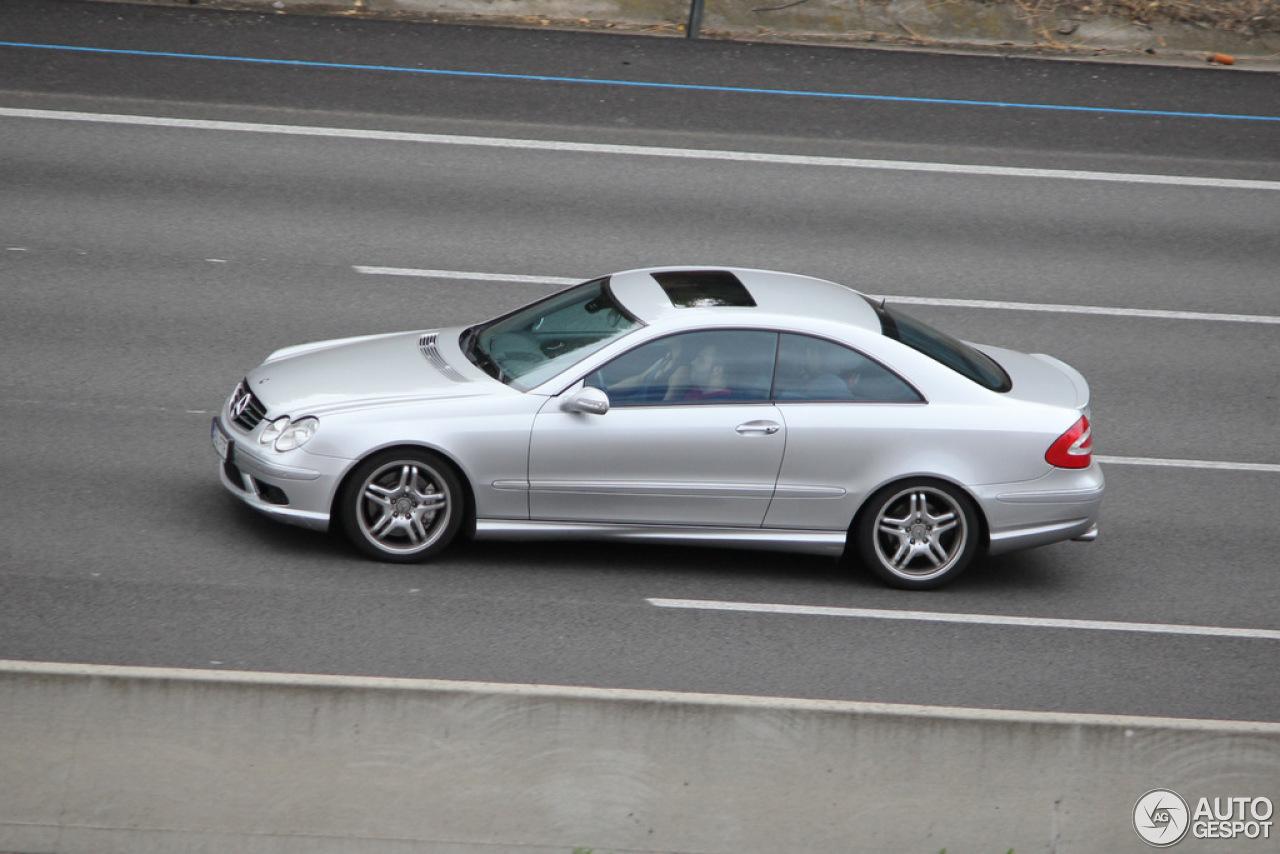 Mercedes benz clk 55 amg 29 noviembre 2012 autogespot for Mercedes benz clk55 amg