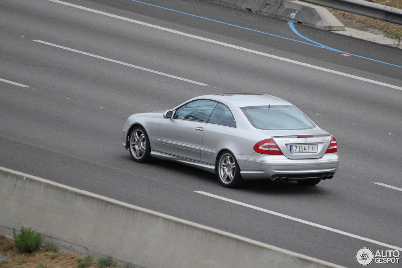 Mercedes benz clk 55 amg 29 novembre 2012 autogespot for Mercedes benz clk 2012