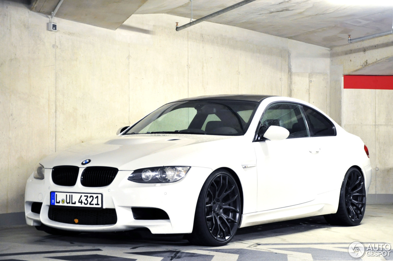 bmw m3 e92 coup 11 dcembre 2012 autogespot. Black Bedroom Furniture Sets. Home Design Ideas