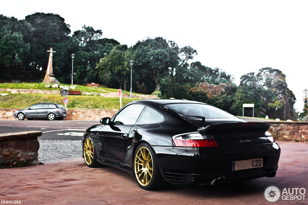 porsche 996 turbo 30 december 2012 autogespot. Black Bedroom Furniture Sets. Home Design Ideas
